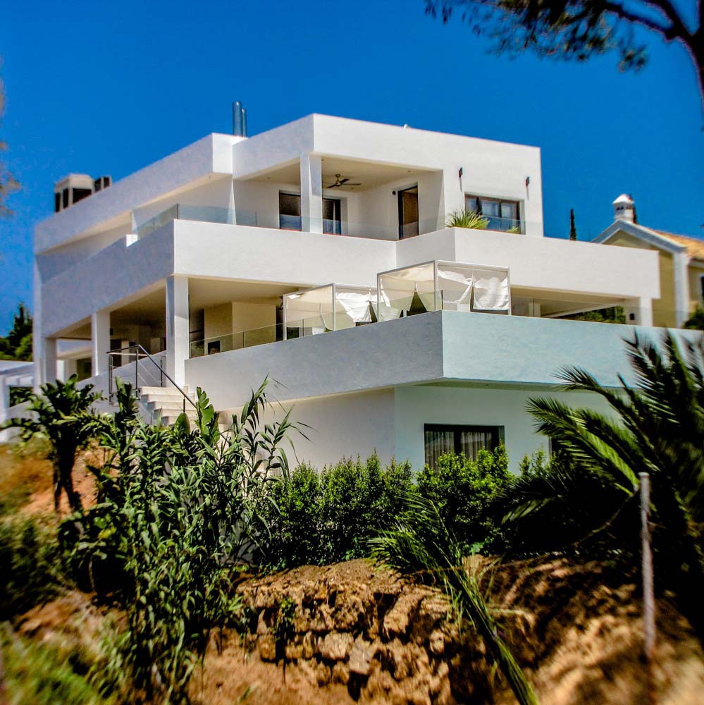 9 Bedroom Villa For Sale, Elviria
