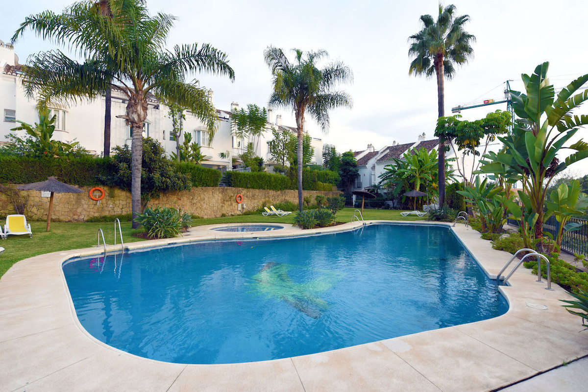 3 bedroom townhouse for sale nagueles