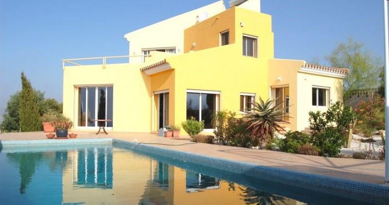 Villa 3 Dormitorios en Venta Mijas Golf