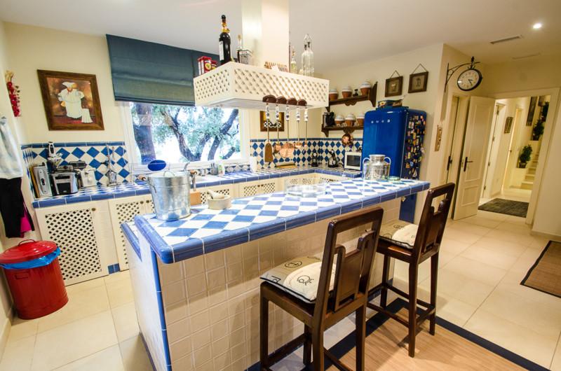 Villa te koop in La Mairena R2361314