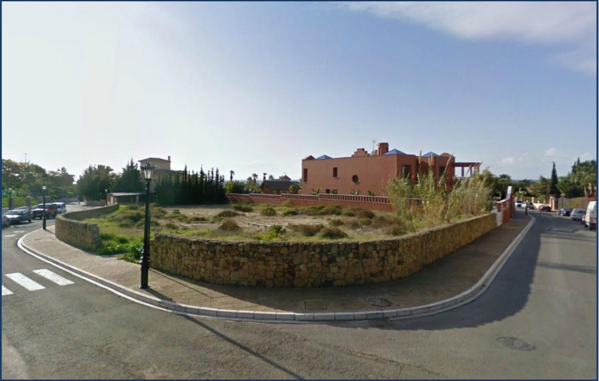 0-bed-Residential Plot for Sale in Bahía de Marbella