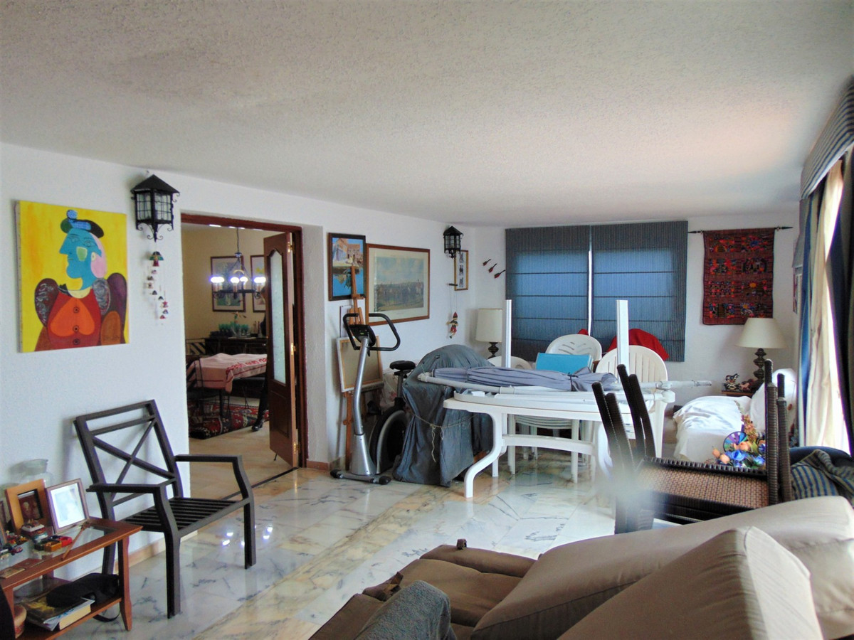 3 Bedroom Apartment for sale Torrequebrada