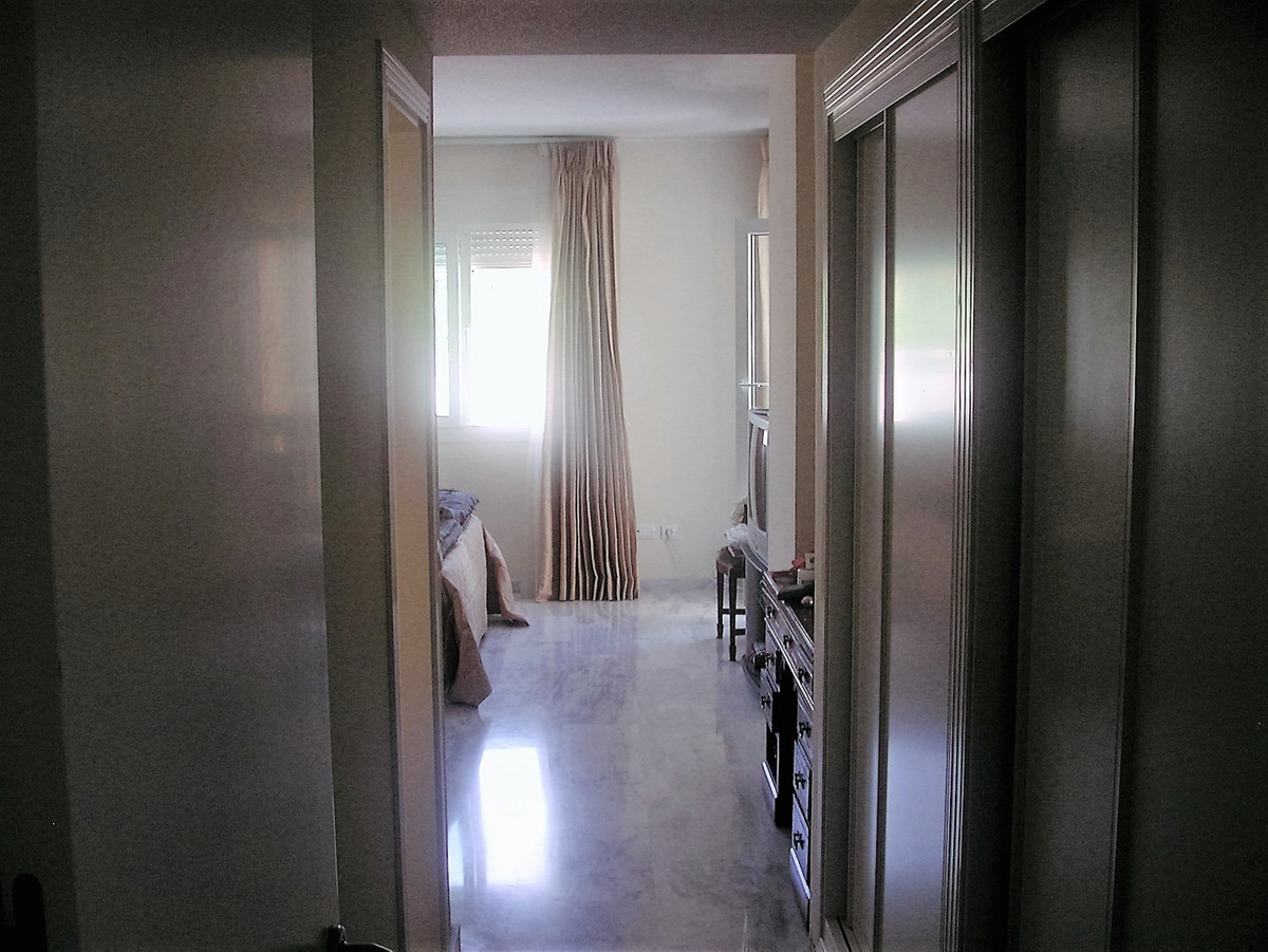 Apartment in Nueva Andalucía R82811 11 Thumbnail