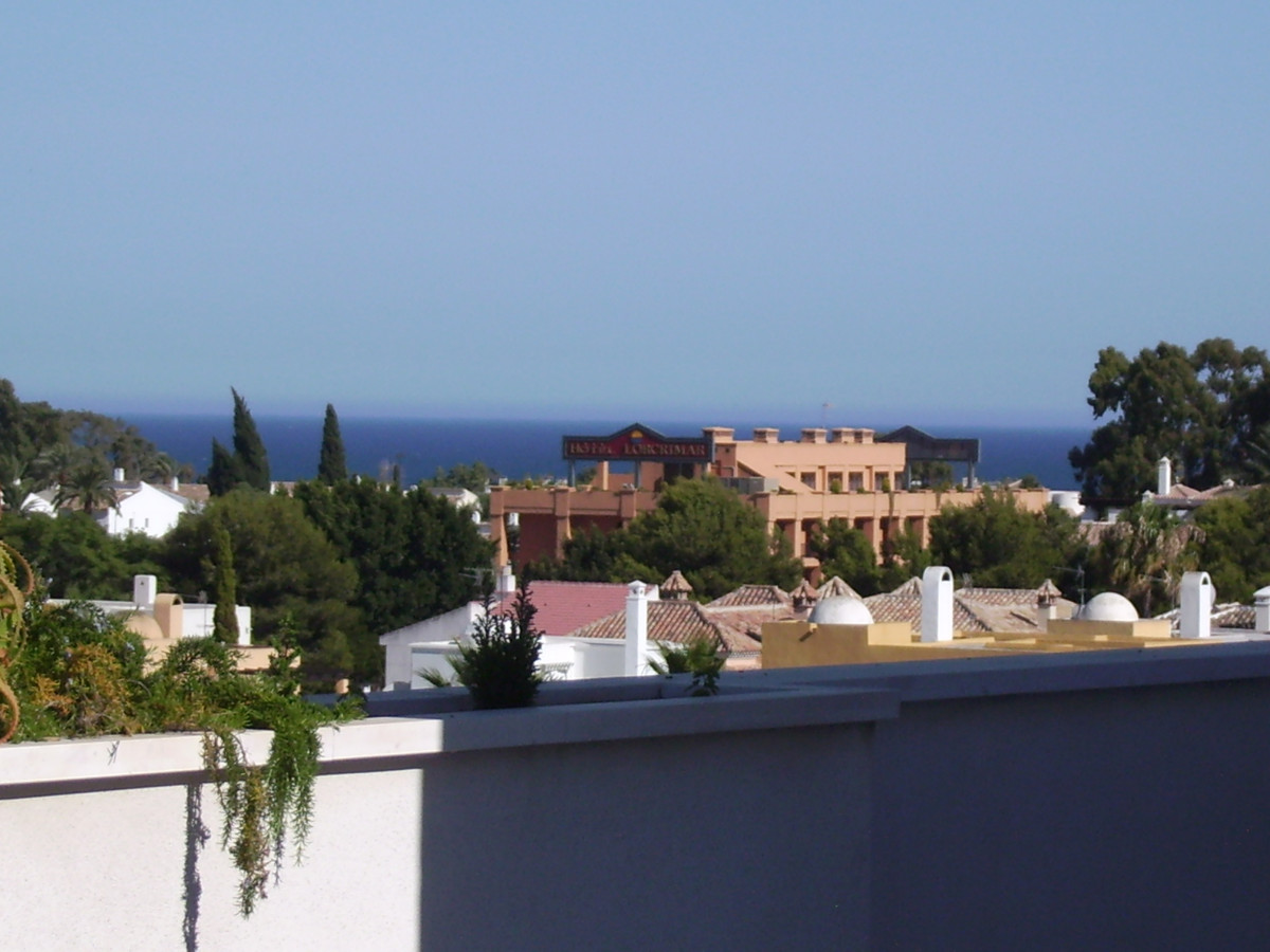 Apartment in Nueva Andalucía R82811 26 Thumbnail
