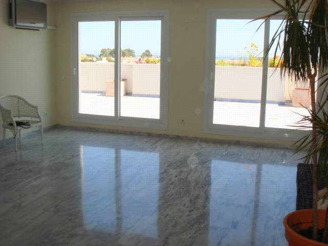 Apartment in Nueva Andalucía R82811 7 Thumbnail