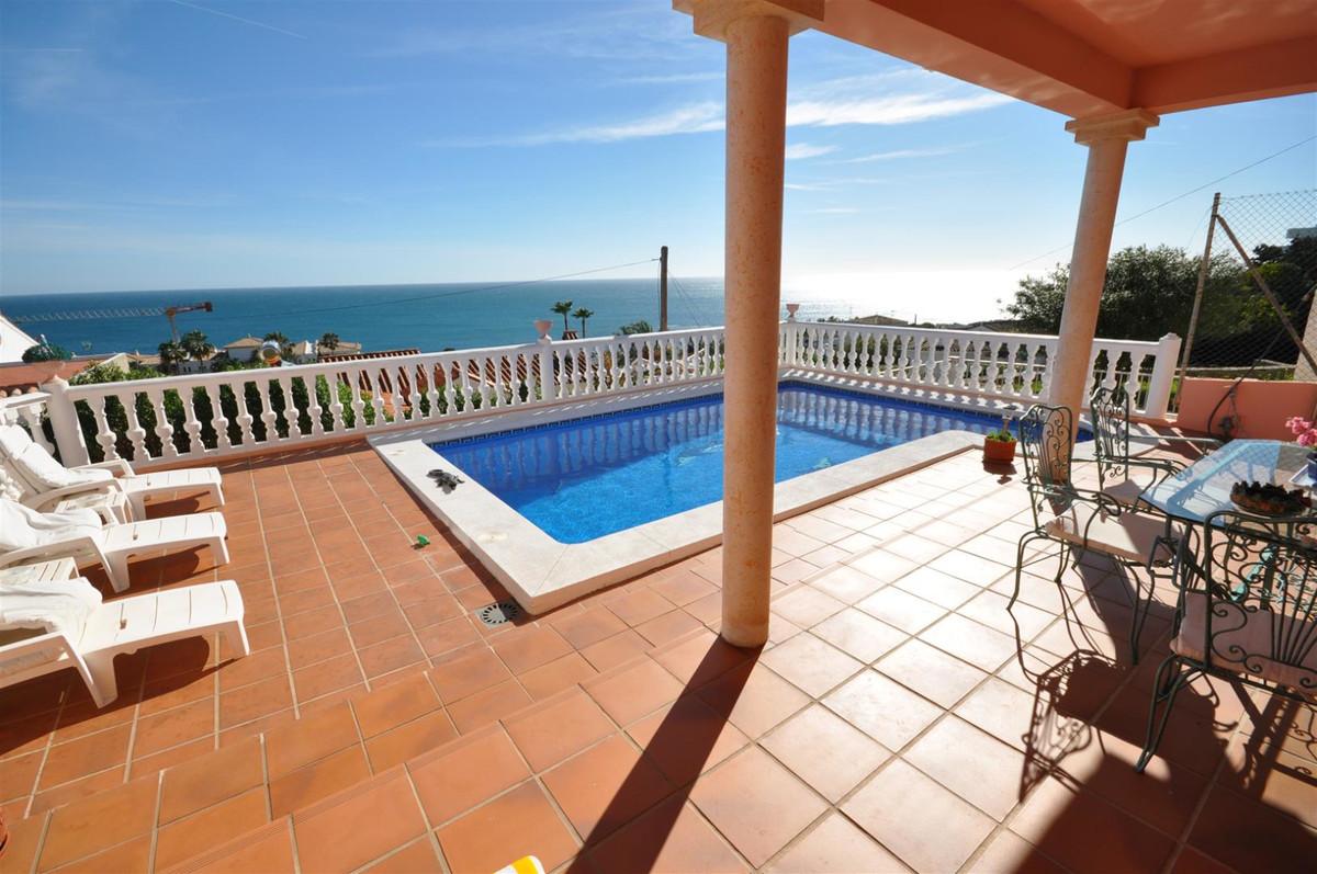 Villa te koop in Estepona R142597