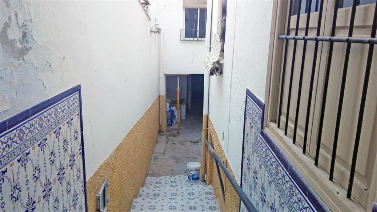 Unifamiliar 5 Dormitorios en Venta Coín