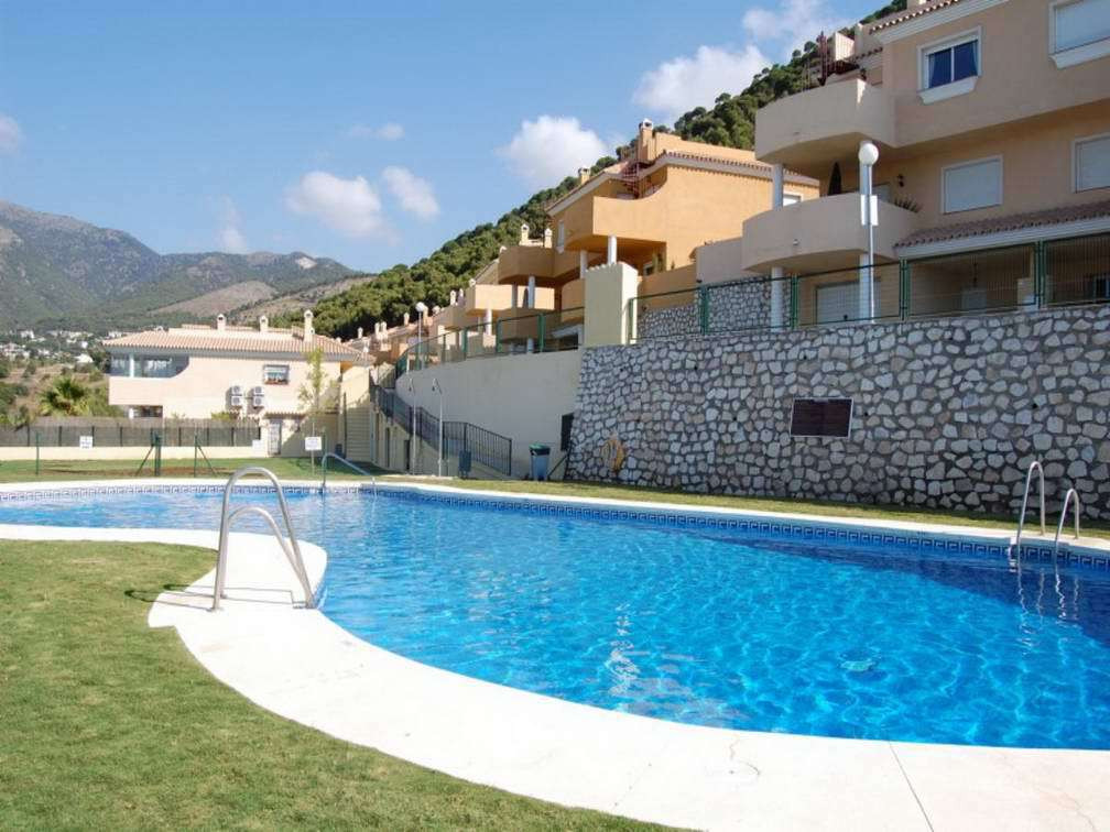3 bed townhouse for sale mijas