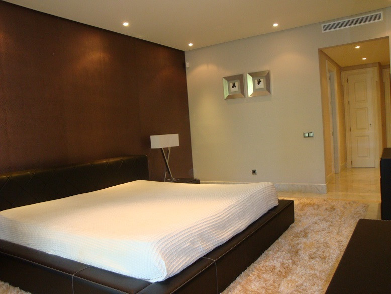 Appartement te koop in Los Monteros R2078004