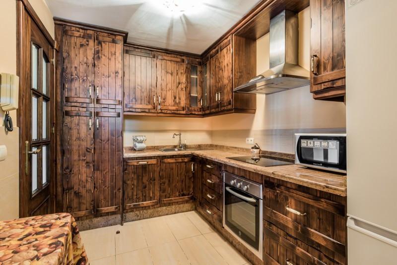 3 Bedroom Middle Floor Apartment For Sale San Luis de Sabinillas