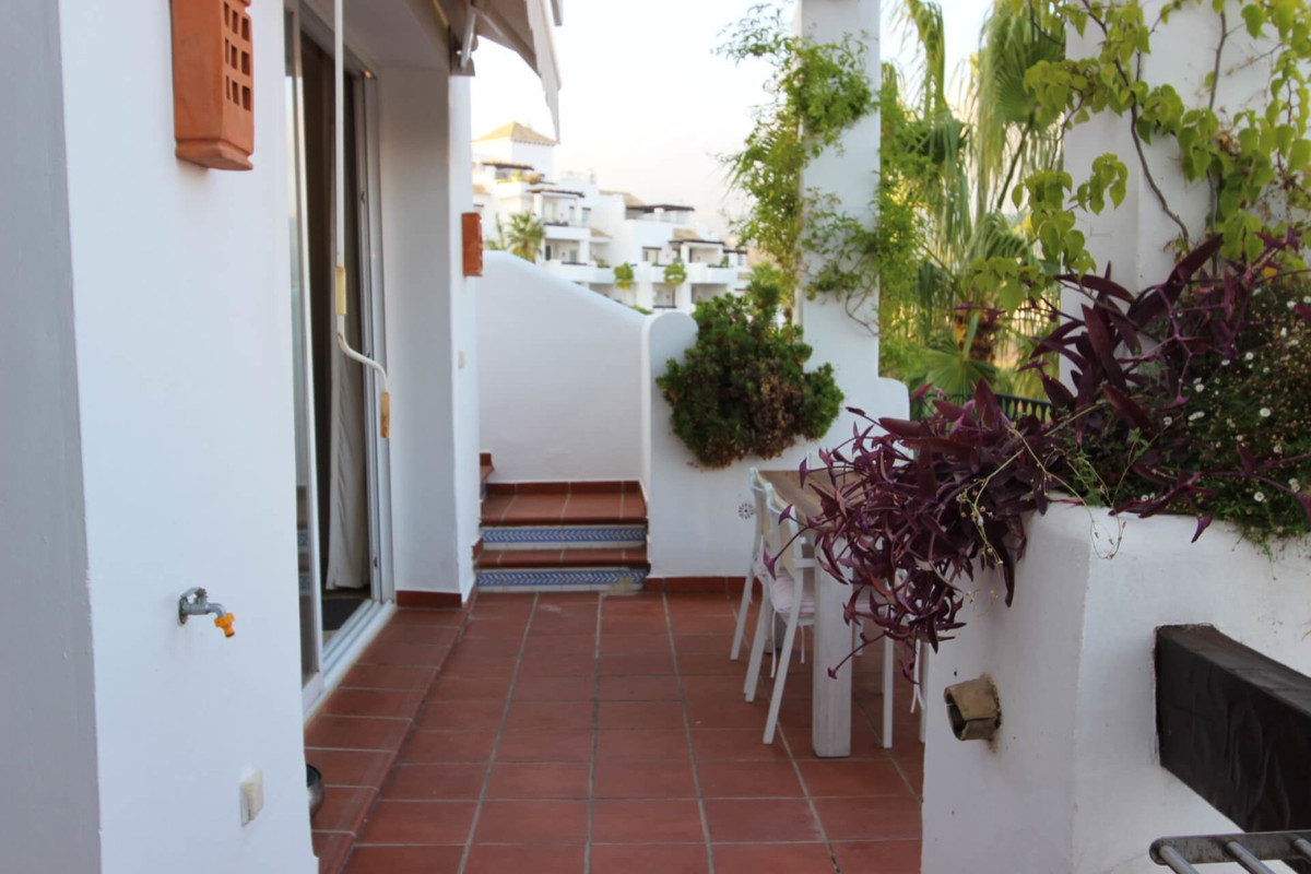 2 Bedroom Penthouse Apartment For Sale Benahavís