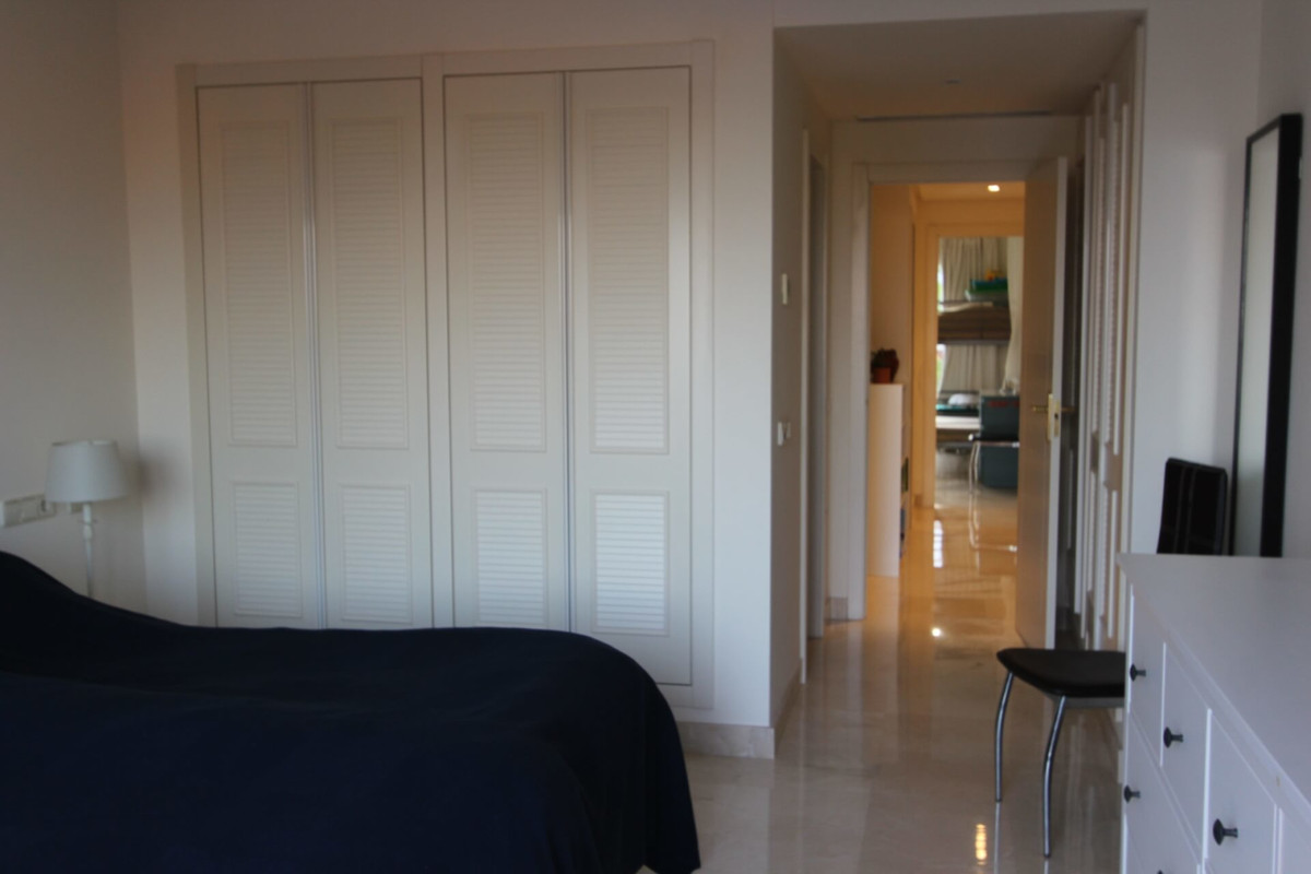 2 Bedroom Apartment for sale Benahavís