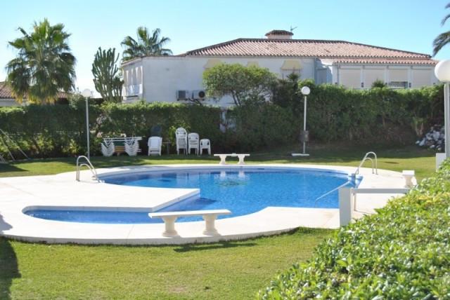 Appartement te koop in El Faro R2558786