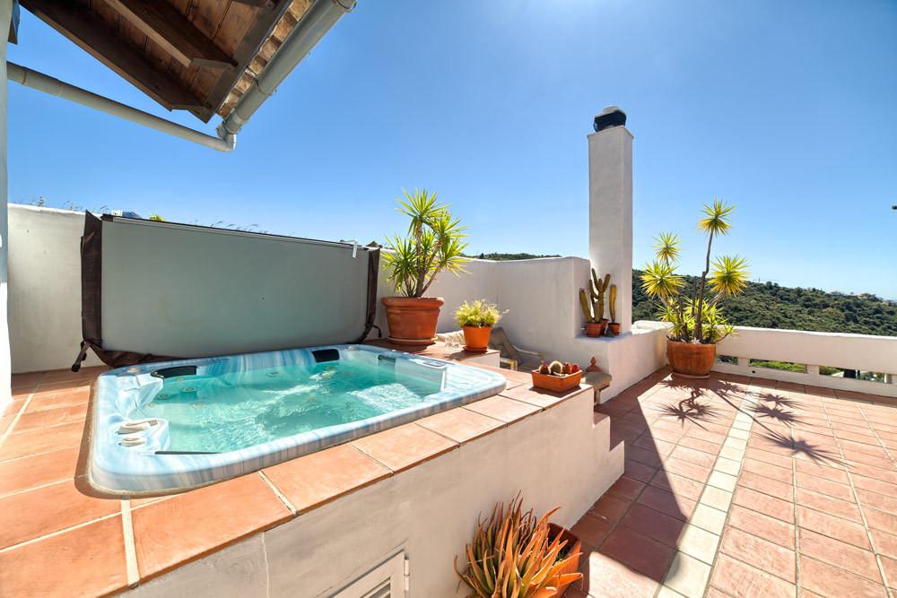 3 Bedroom Apartment For Sale - La-Quinta