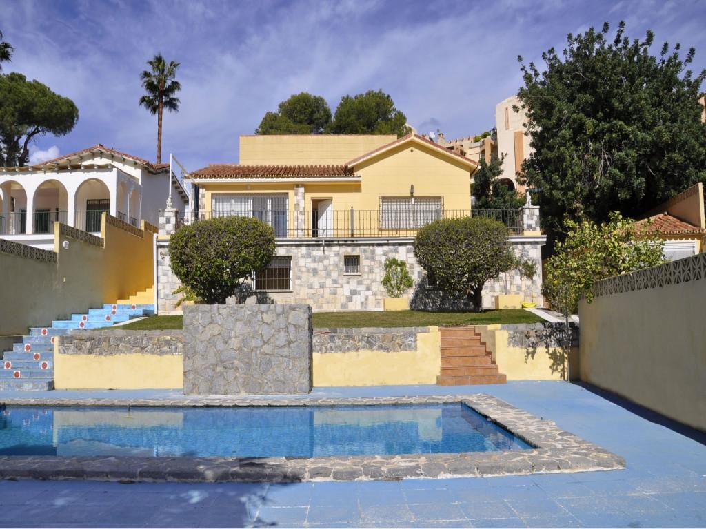 5 bedroom villa for sale torreblanca