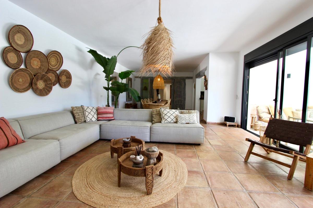 Villa – Chalet en Venta en Hacienda Las Chapas – R3377314