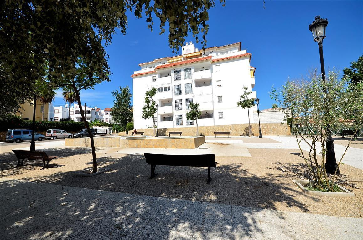 4 bedroom apartment for sale san luis de sabinillas