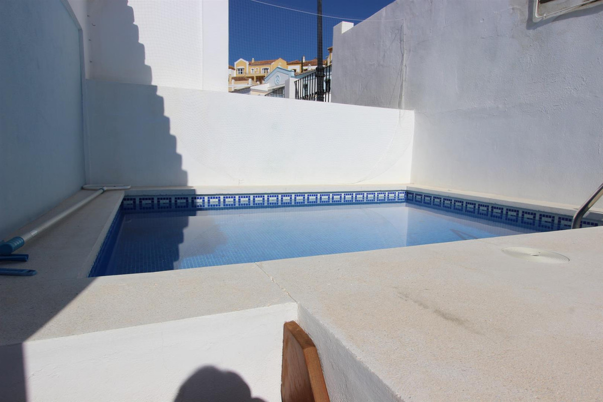 3 Bedroom Terraced Townhouse For Sale Benahavís