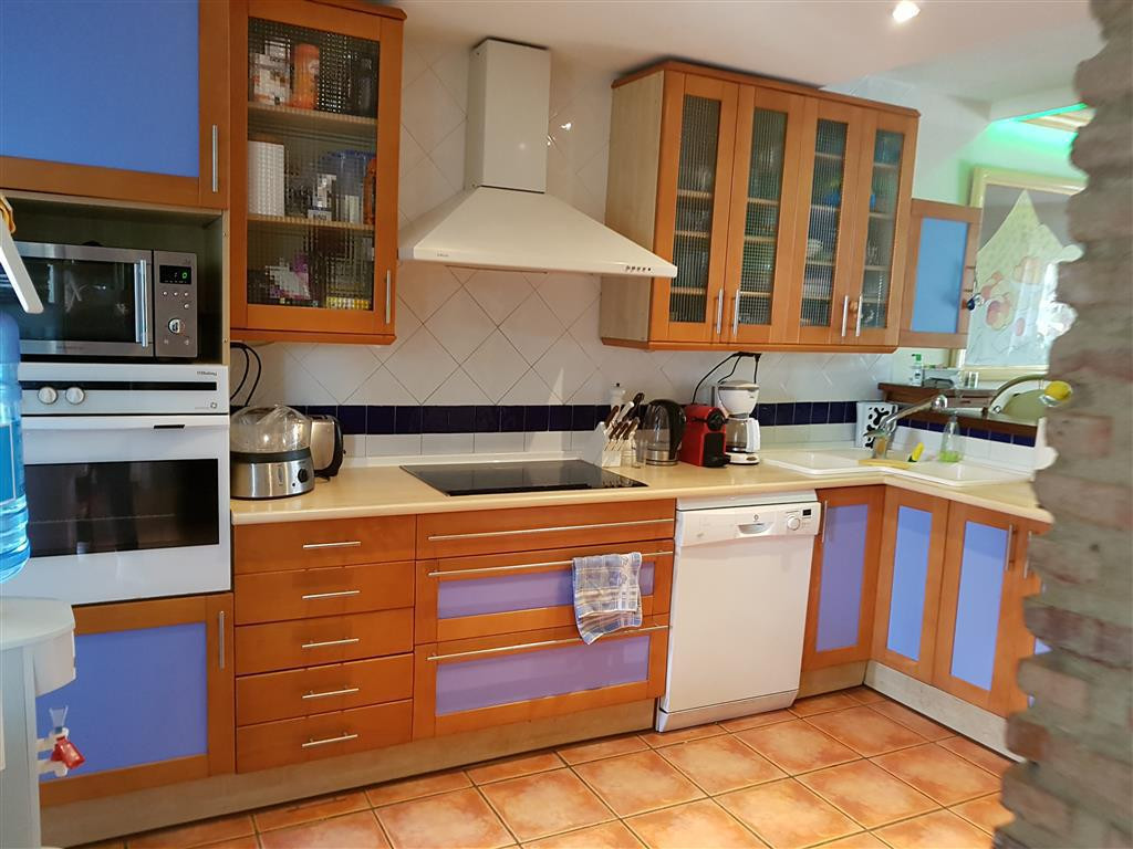 Rijhuis te koop in Nueva Andalucía R2938265