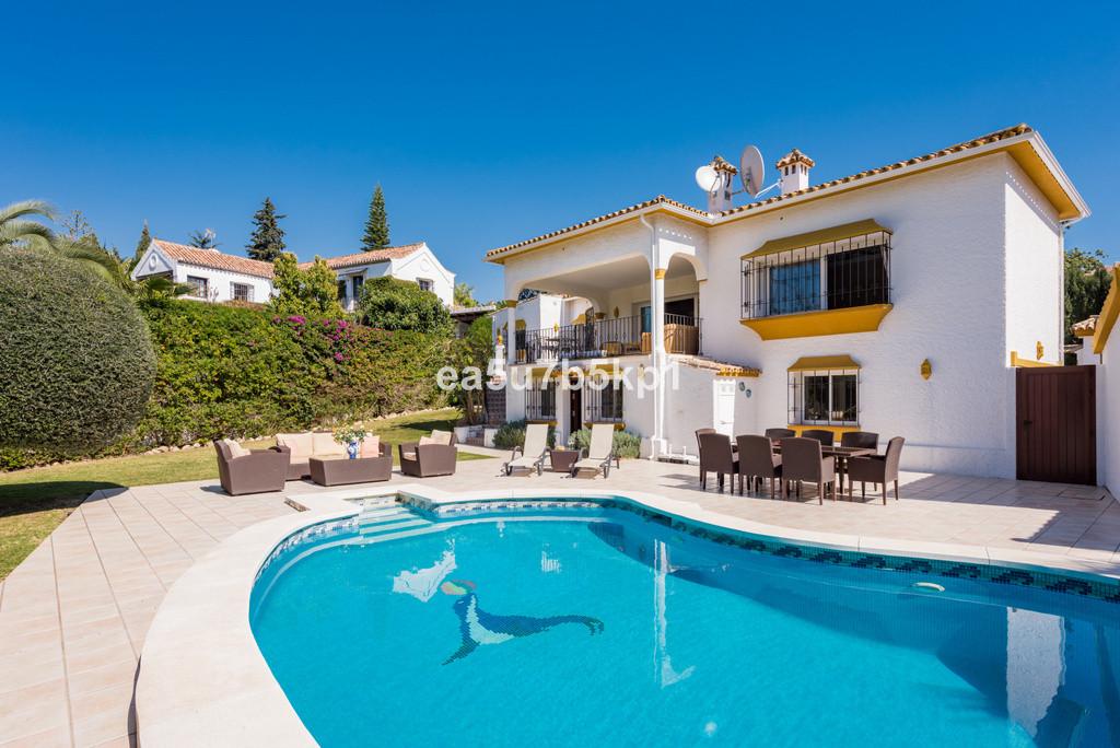 Villa Te Koop - Guadalmina Alta