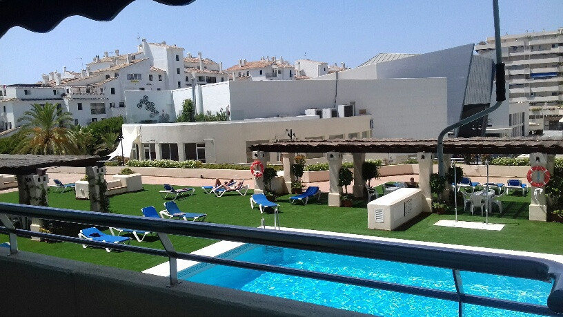 1 Bedroom Apartment For Sale - Puerto-Banus