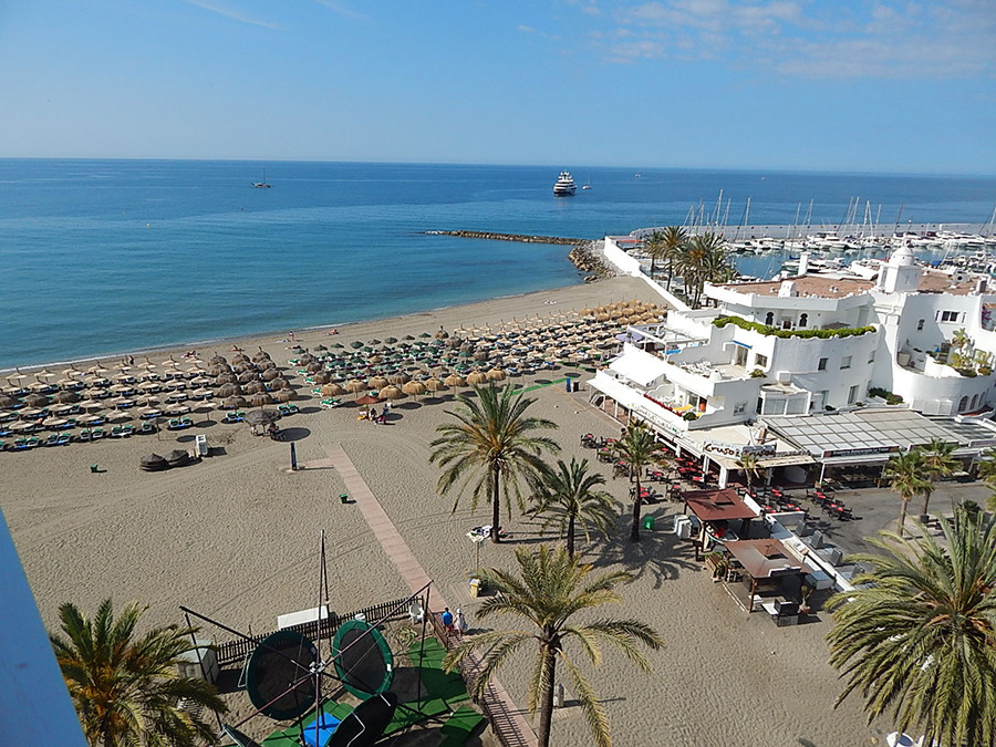 5 bedroom apartment for sale marbella
