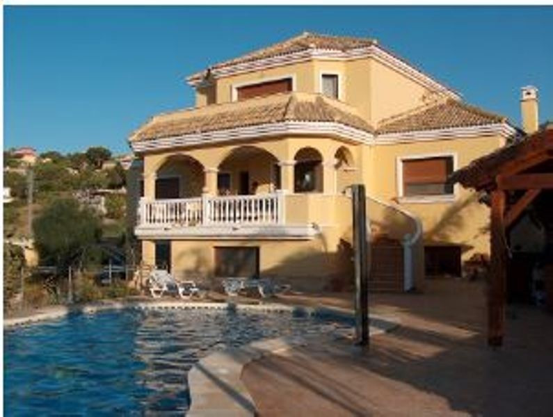 7 bedroom villa for sale alhaurin de la torre