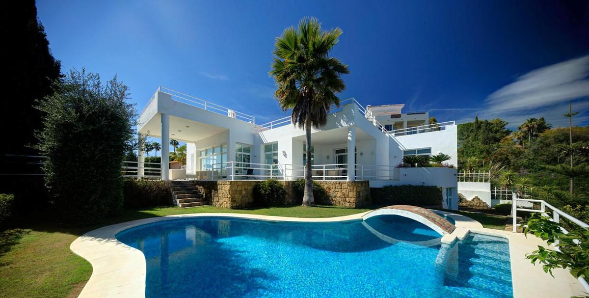 5 Bedroom Villa For Sale - Costa del Sol