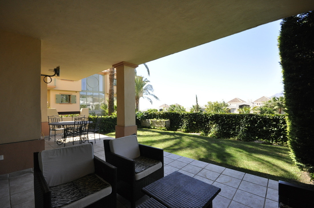 2 Bedroom Ground Floor Apartment For Sale Los Flamingos