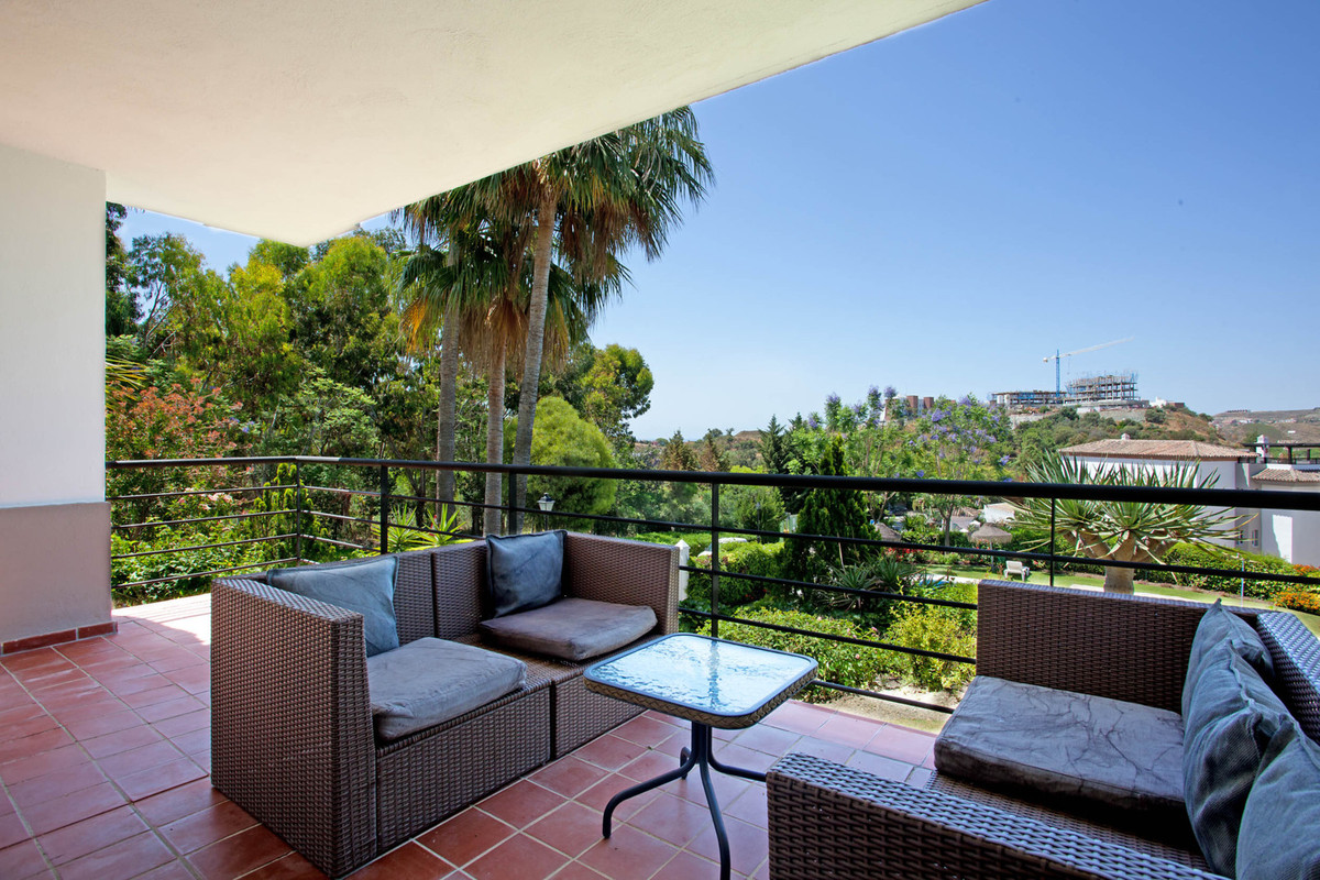3 Bedroom Ground Floor Apartment For Sale Los Arqueros