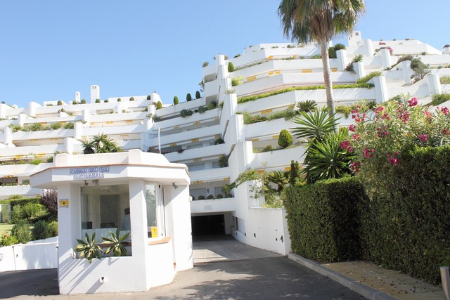 Appartement te koop in Guadalmina Baja R446777