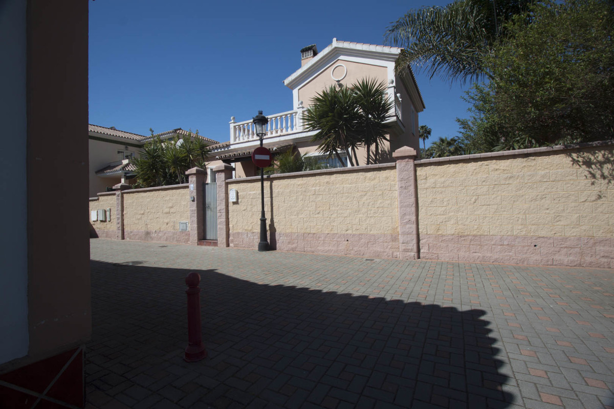 Дом - La Duquesa - R3651497 - mibgroup.es