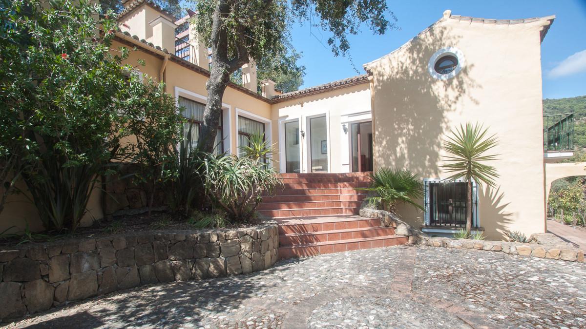 Villa, Finca  en venta    en Casares