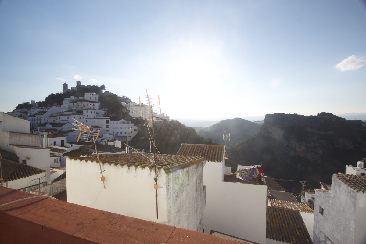 3 bedroom townhouse for sale casares pueblo