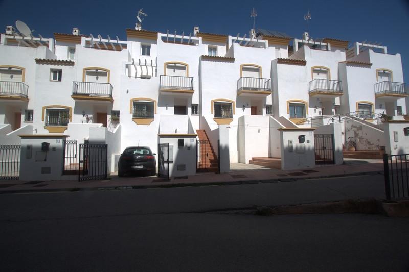 Marbella Banus Adosada en venta en Manilva – R3276046