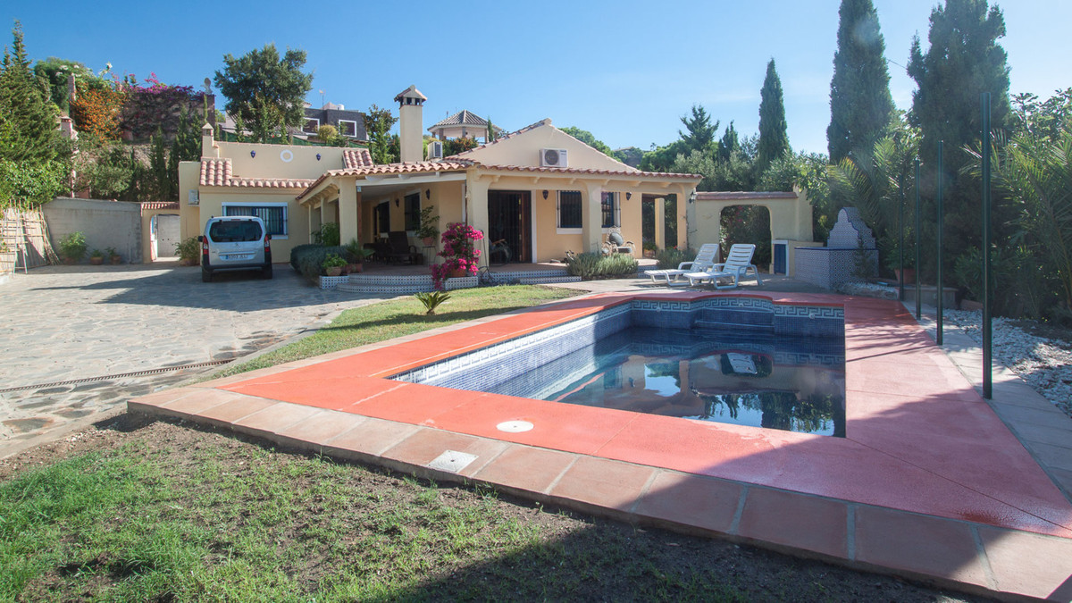 Finca located in the outskirts of Sierra Bermeja in Estepona with spectacular views to the sea and t, Spain