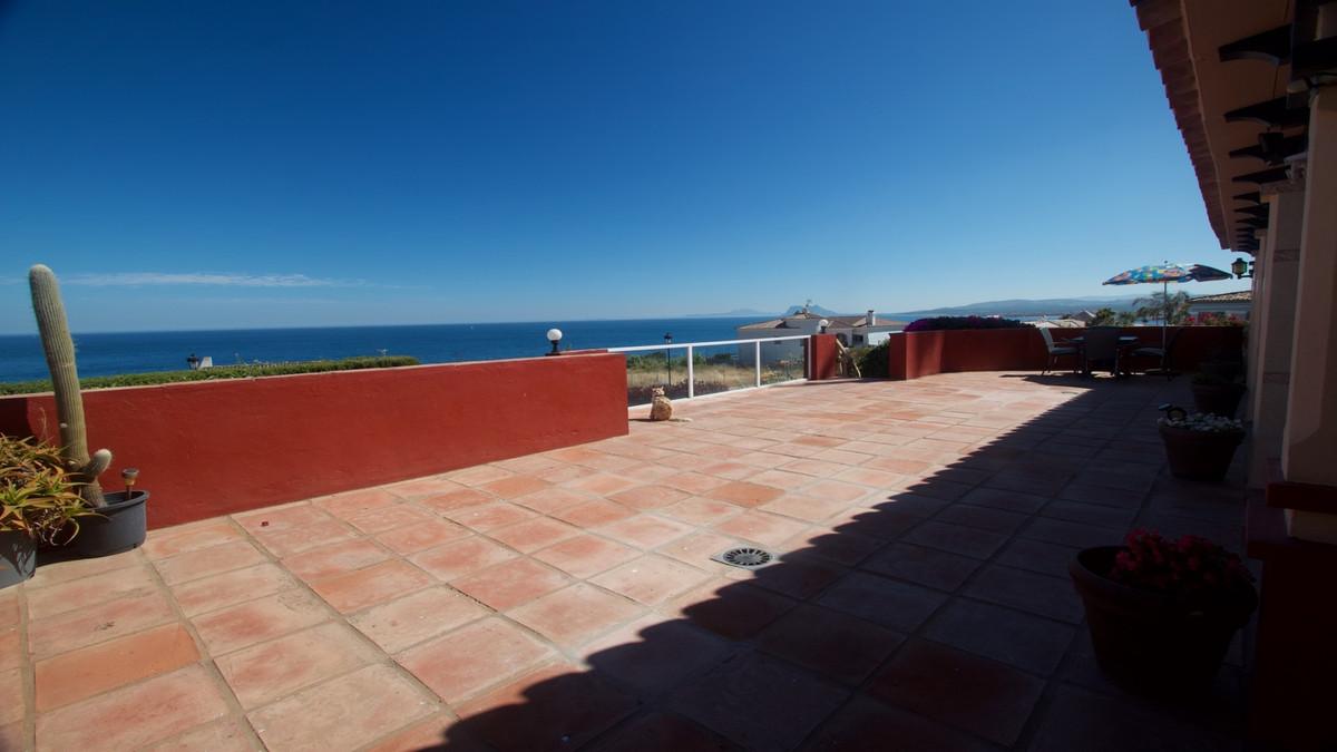 Villa 3 Dormitorios en Venta La Duquesa