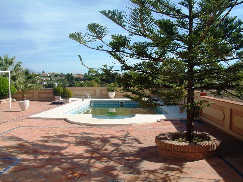 Beautiful farm overlooking the sea and the mountains located between Estepona and San Pedro, only 3 , Spain