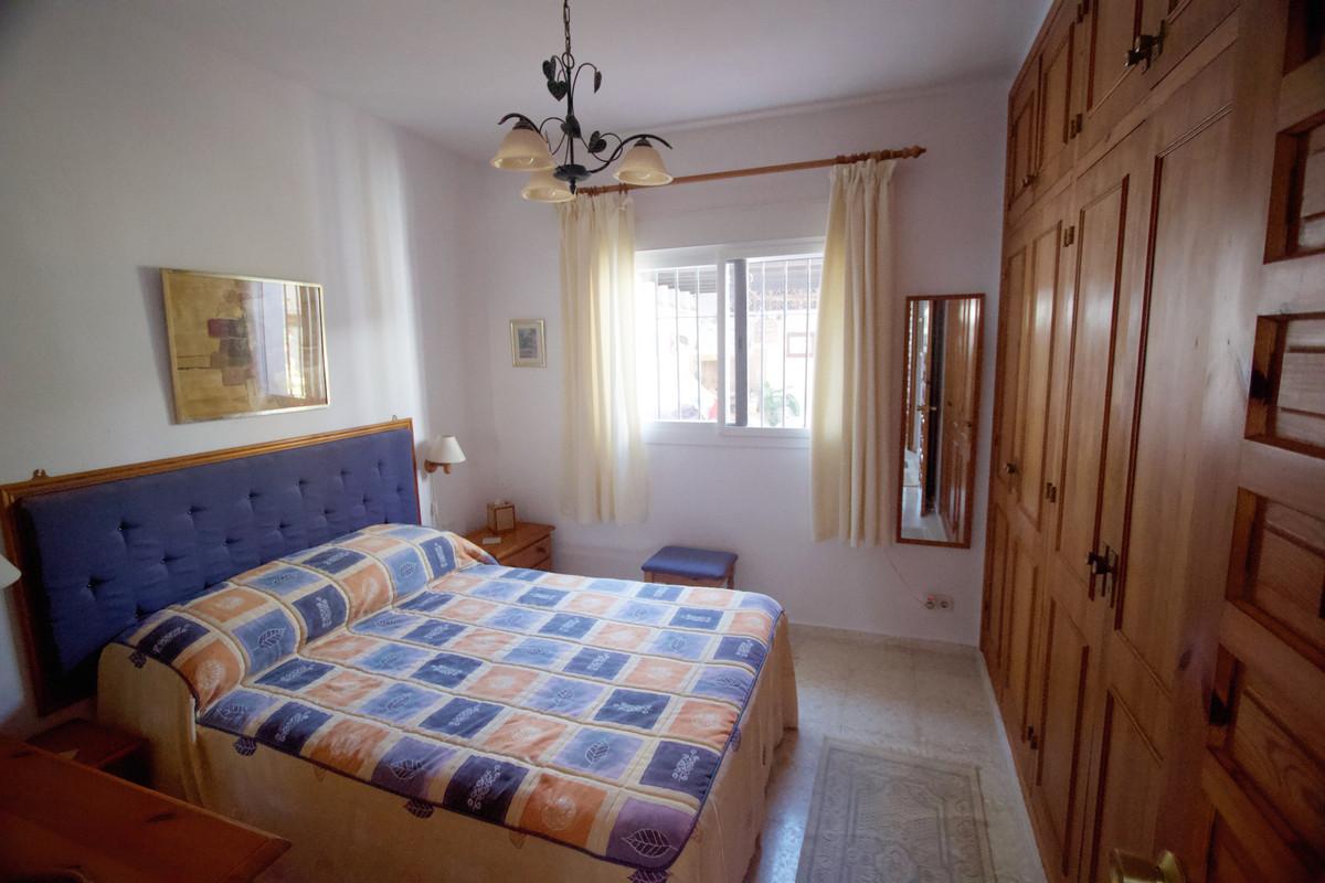 Ventas - Casa - La Duquesa - 16 - mibgroup.es