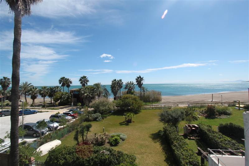 A beautiful front line beach duplex apartment with spectacular sea views in Casares coast On the gro, Spain