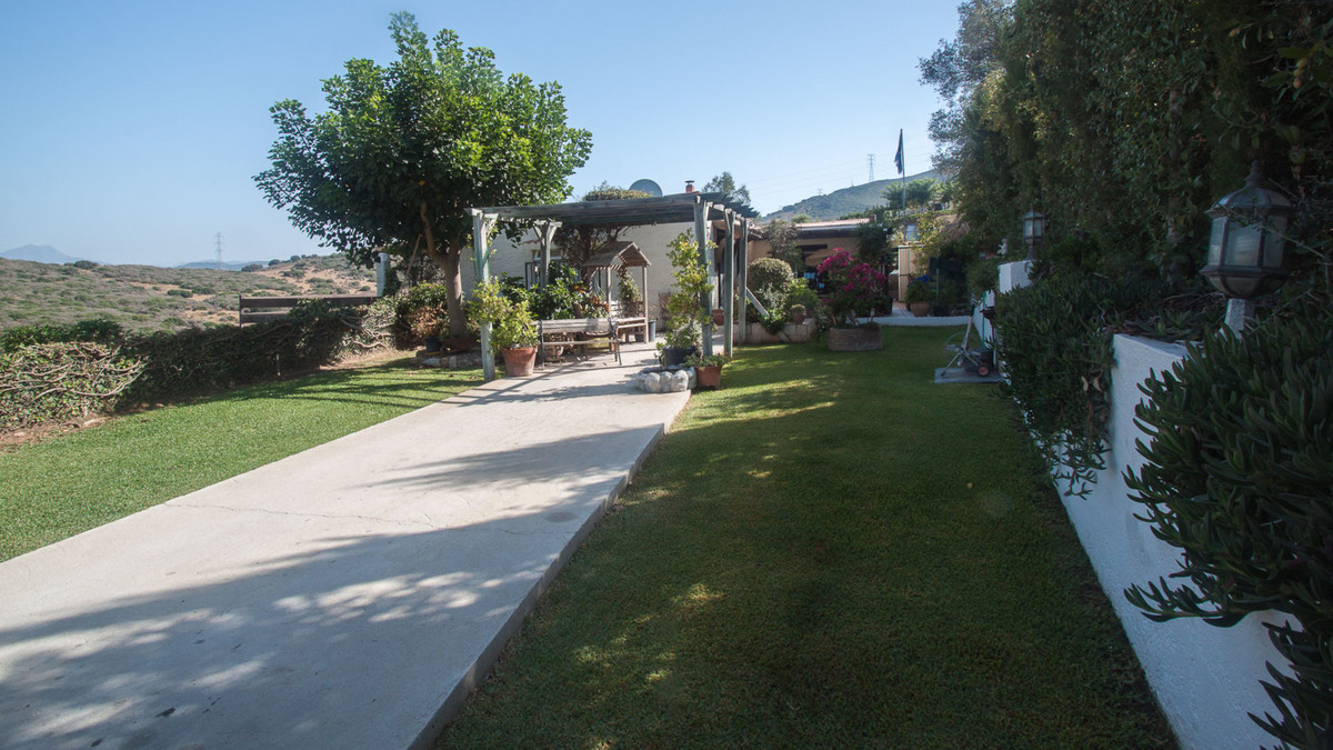Villa, Finca  for sale    en Casares