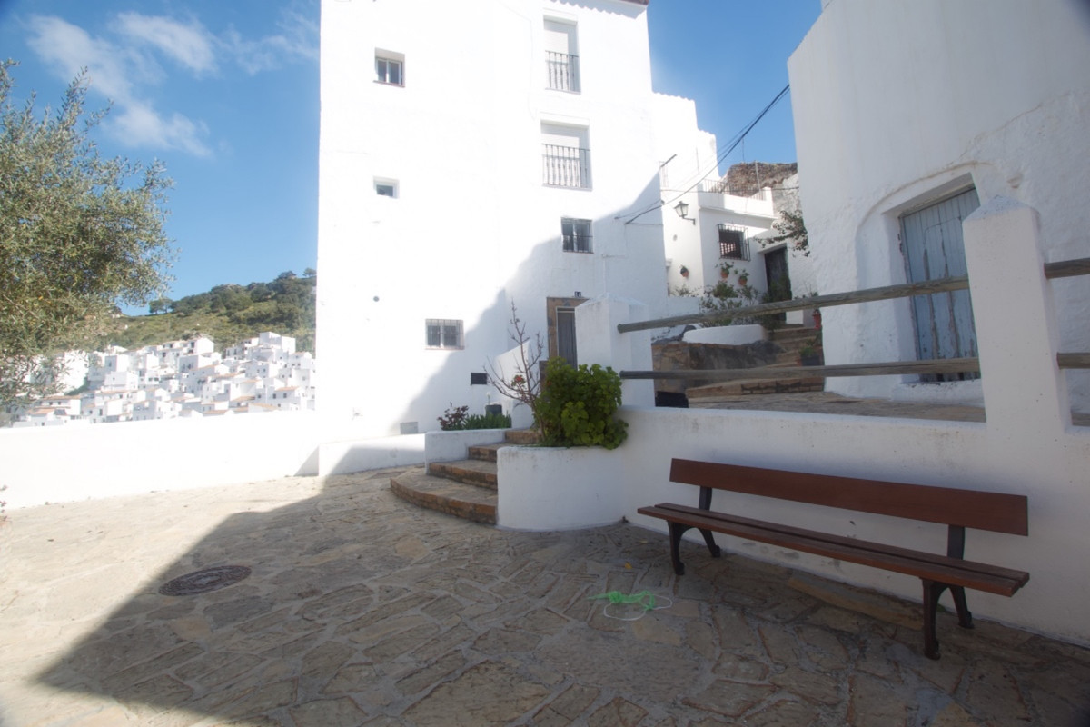 5 Bedroom Semi Detached Villa For Sale Casares