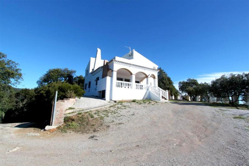 Beautiful country property located on a top hill with a very nice sea and mountain views.  The house, Spain