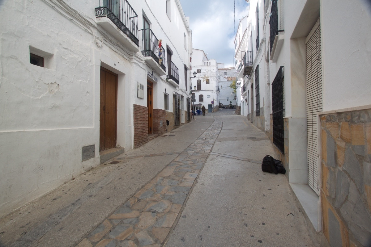 Beautiful village house for sale in Casares, in the historic center, just 50 meters from the town sq, Spain