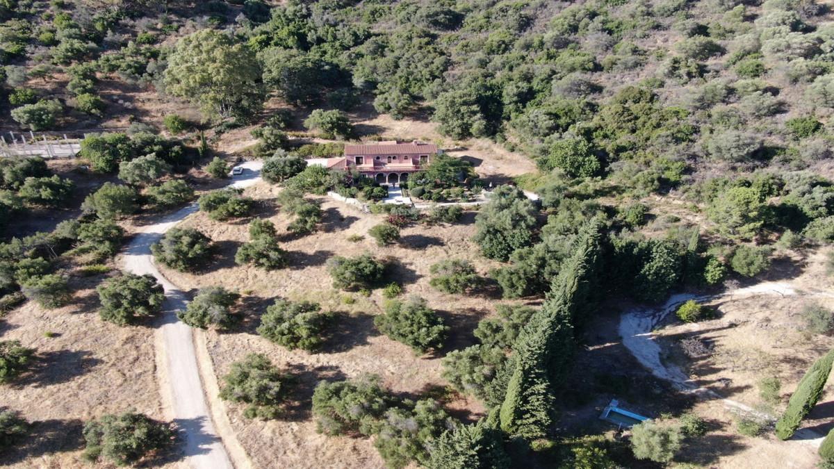 Villa 4 Dormitorios en Venta Gaucín