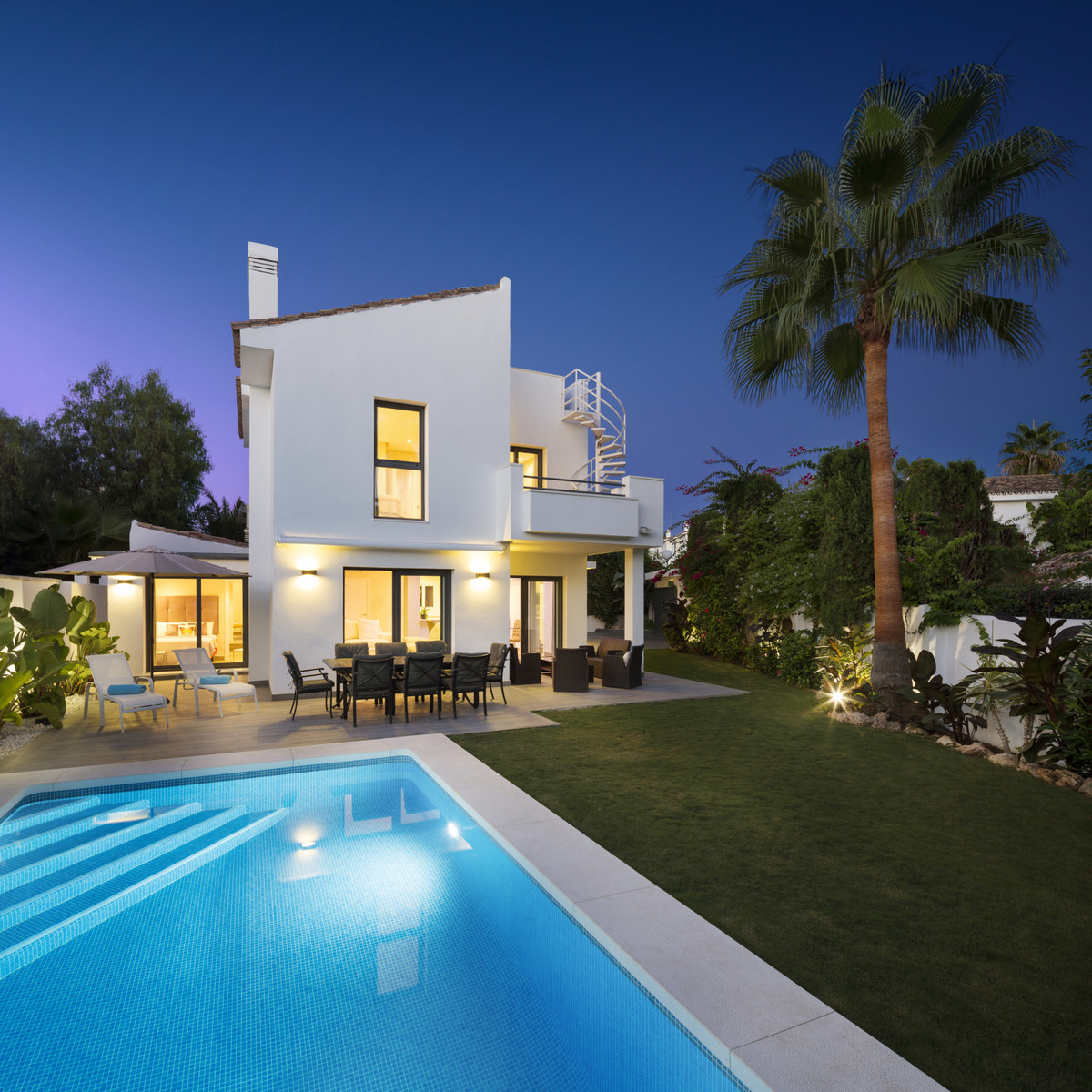 Villa - Detached for sale in Atalaya