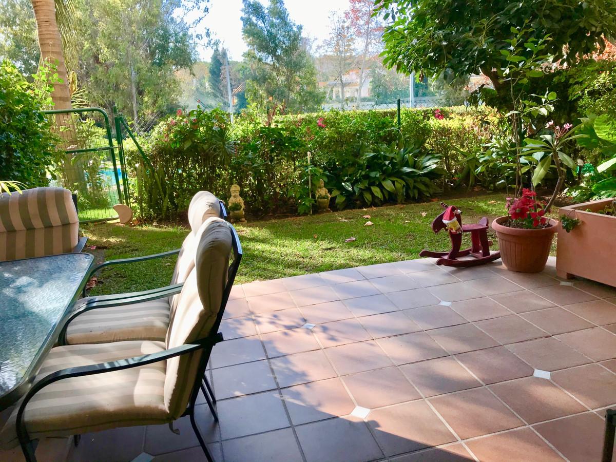 Apartamento Planta Baja en Venta en Guadalmina Alta – R3569047