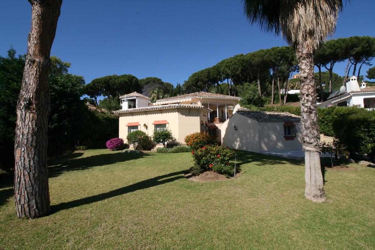 Villa te koop in Nueva Andaluc?a