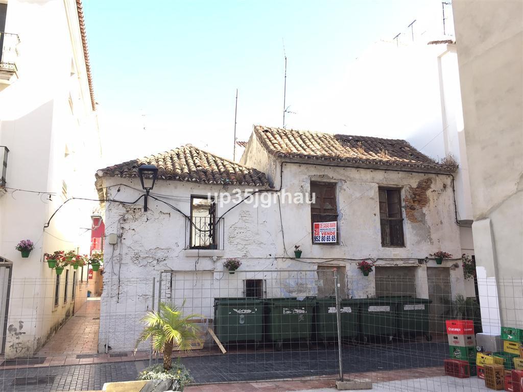 Townhouse  te koop in Estepona, Costa del Sol