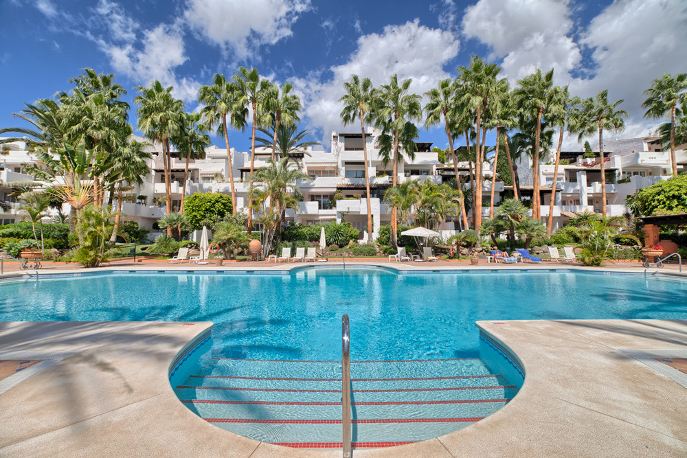 Apartment for Sale in The Golden Mile / Andalucia